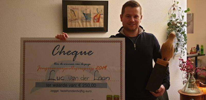 Luc van der Laan wint de Jongeren Vrijwilligersprijs 2020